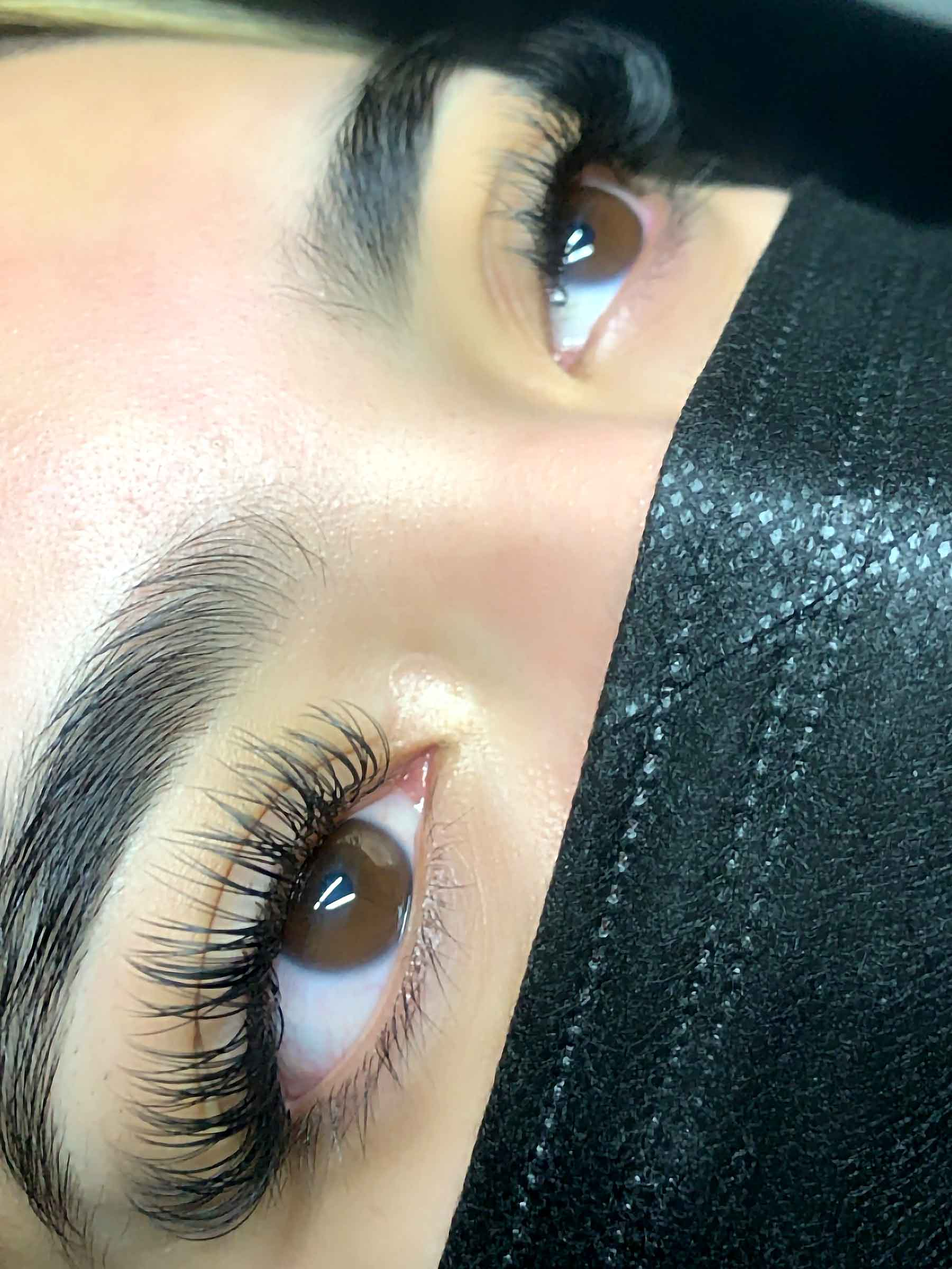 3x4-classic-eyelash-extensions
